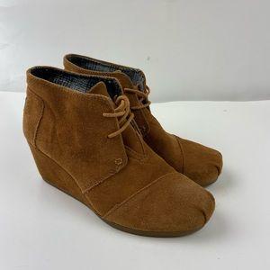 Toms Tan Desert Suede Wedge Heel Booties Size 7.5